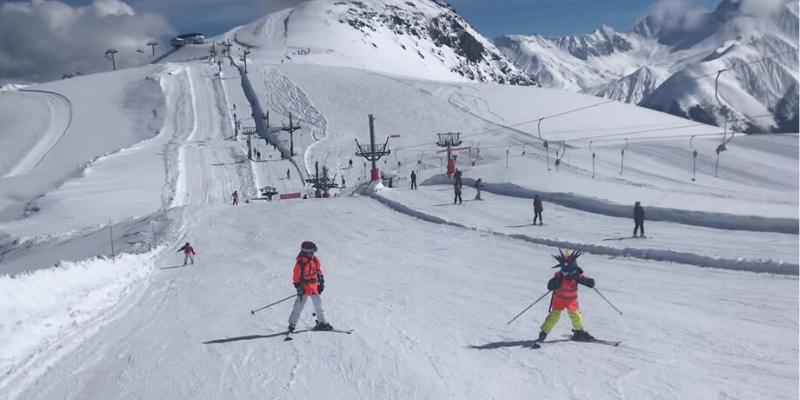 Ski Backward