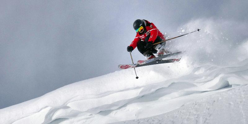 Skis for Intermediate Skiers